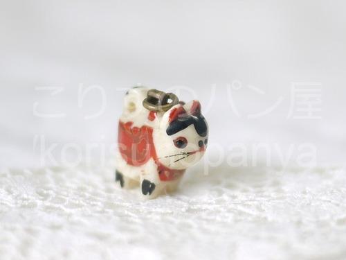 犬張子 帯飾り 根付 ペンダントトップ  縁起物 狛犬のチャーム 豆犬