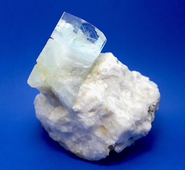 訳あり!アクアマリン アフガニスタン産  175,9g 原石 AQ093 鉱物 原石 天然石 パワーストーン