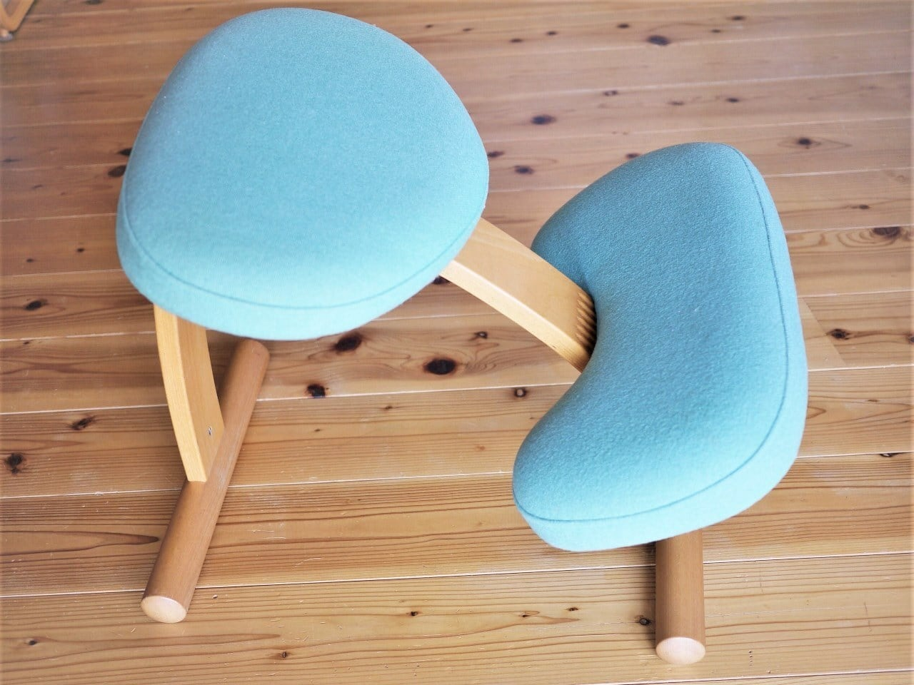 Rybo バランス EASY 北欧ノルウェー ニーリングチェア ブナ材椅子