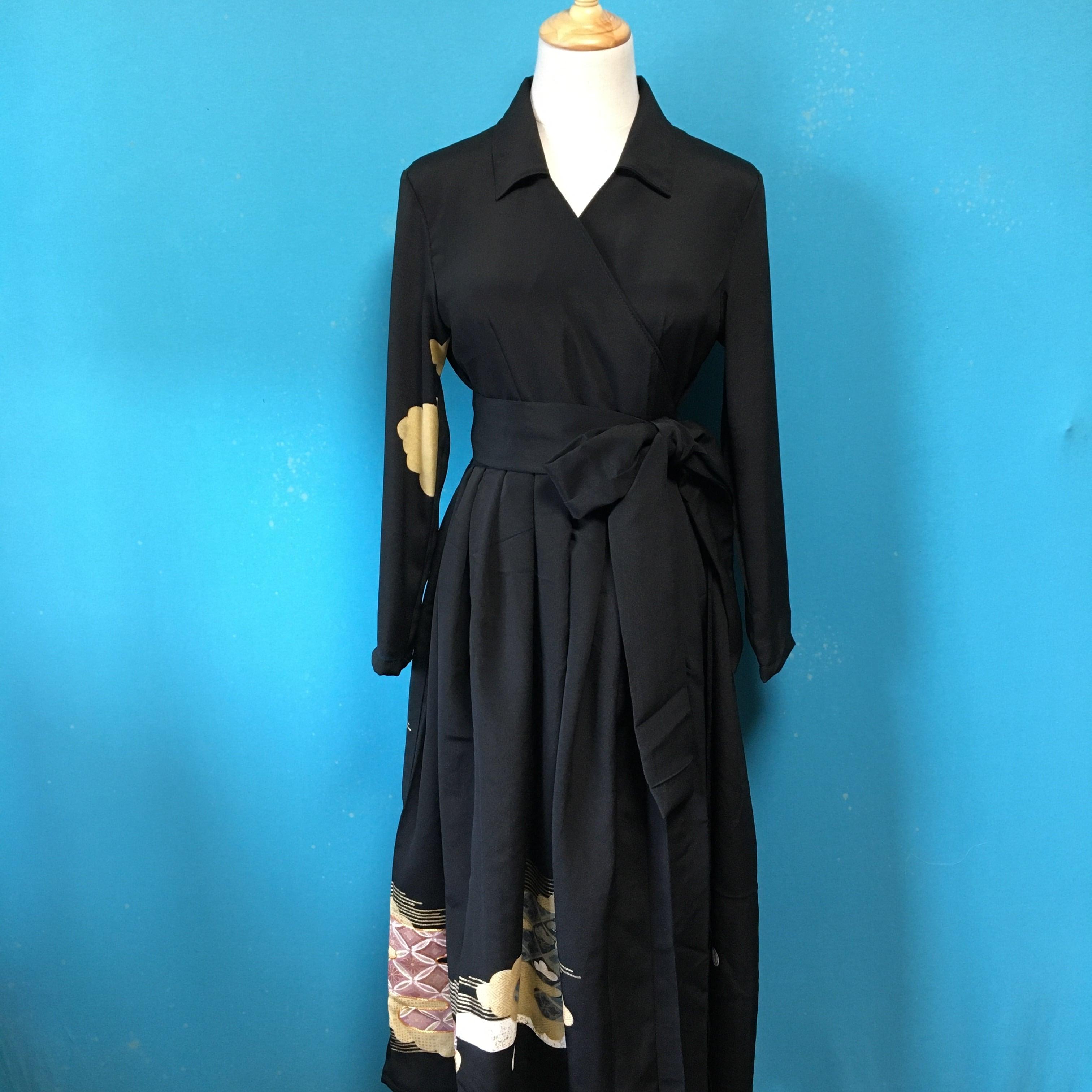 Vintage black kimono dress/ US 8