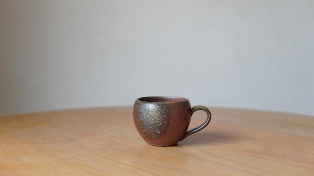澁田寿昭「備前穴窯焼成マグカップ」(s-14)