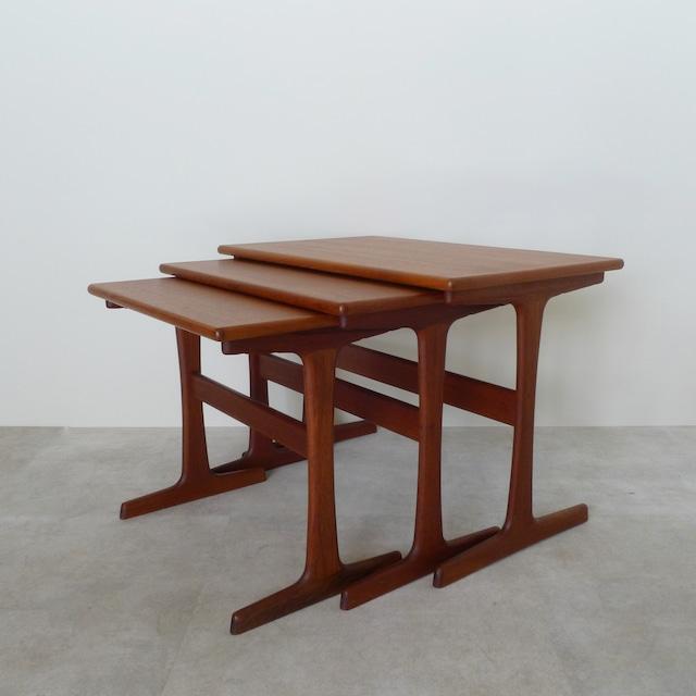 Nesting table  by Kai Kristiansen / TB005
