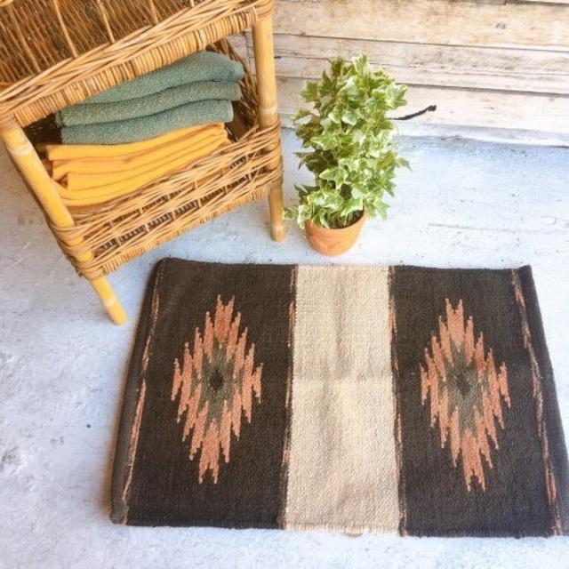 シェニール織 ネイティブ柄スモールマット 40×60cm ブラウン