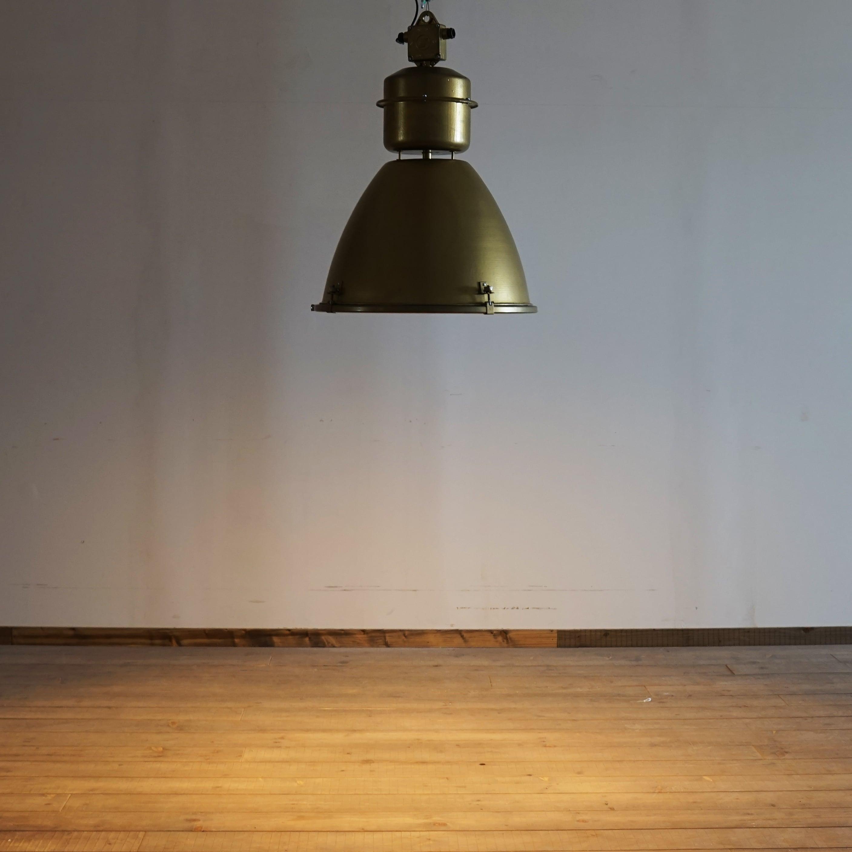 #01-17  Ceiling hanging lighting