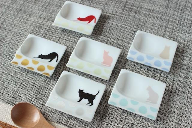 かわいいネコ柄のスプーンレスト・豆皿付き箸置き