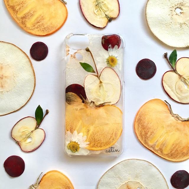 秋の果物たっぷり 押しフルーツスマホケース