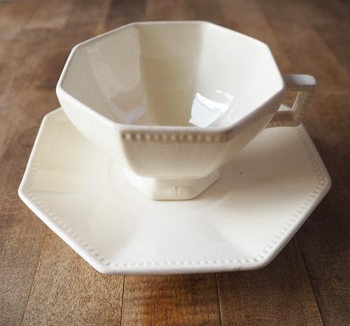 Digoin Sarreguemines(ディゴワン・サルグミンヌ)のオクトゴナルのカップ&ソーサー A