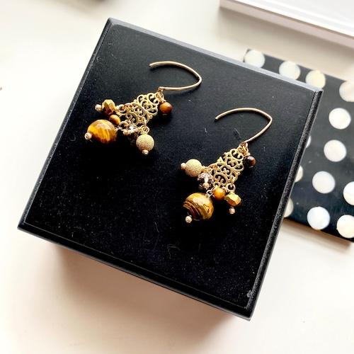 SAKHI earrings