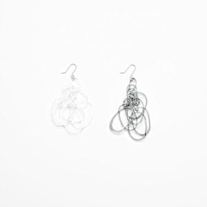_cthruit シースルーイット w_chandelier earring ピアス 【Clear/Black】
