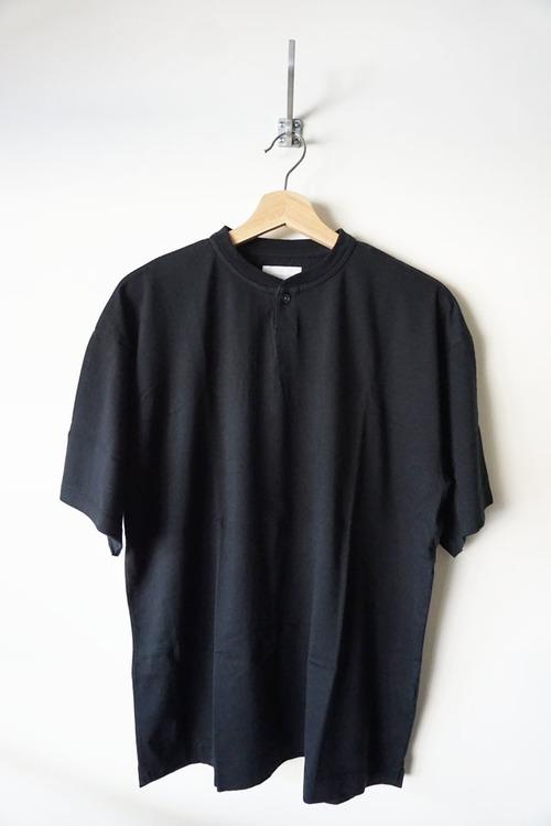 Suvin Cotton Henley Neck T-shirt [ Black ]