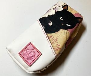 黒猫と革のL字ファスナーポーチ(ピンクx白) [258-pt]