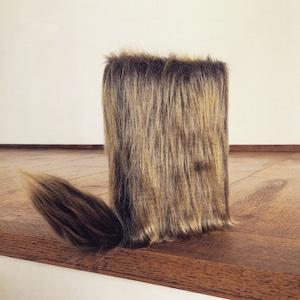 尻尾が栞になるフワフワなブックカバー:Golden-brown Dog