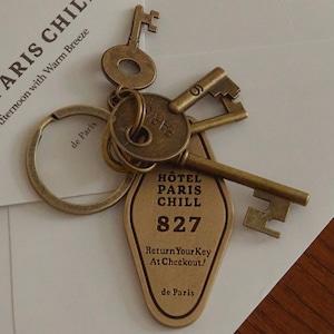 827 Hotel Room Keychain / ホテル ルーム キーチェーン キーホルダー ブラス パリ 韓国雑貨