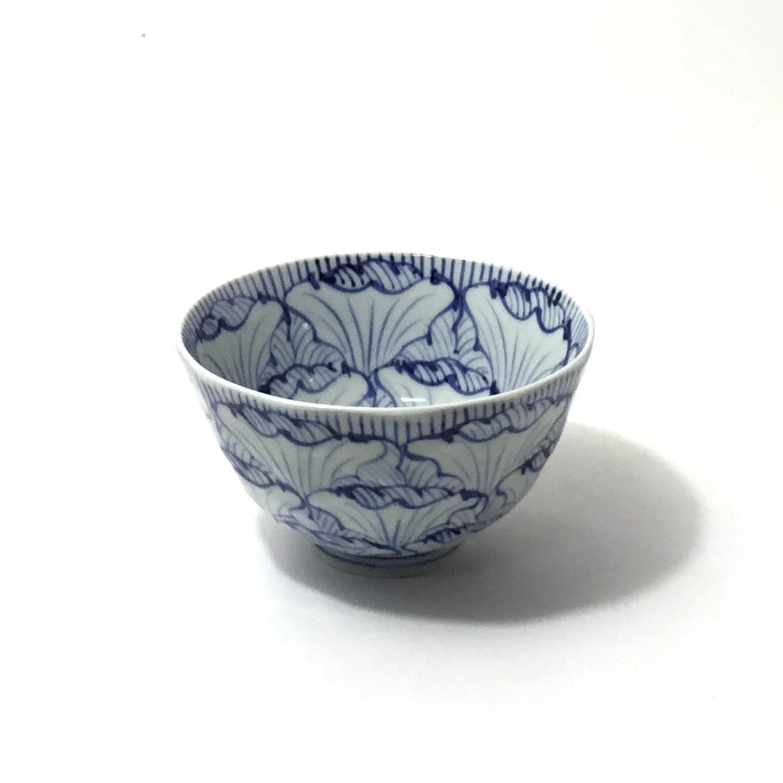 花弁紋飯碗(大)