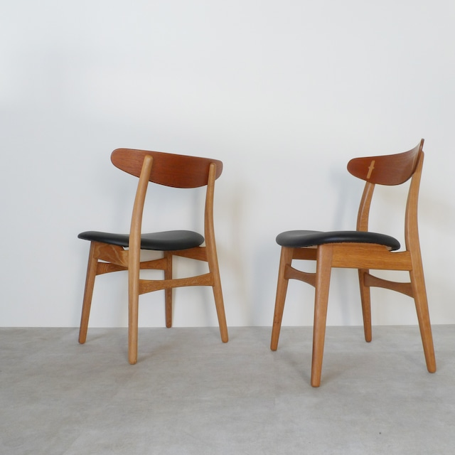 Dining chair CH-30 by Hans J Wegner / CH004-1