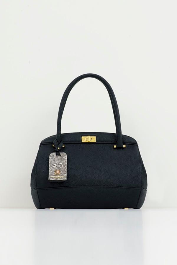 Gure Black