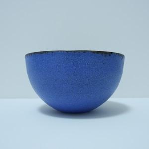 青い金属風の器.4