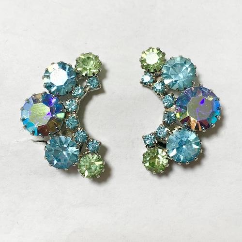 Vintage Crescent Moon Shaped Bjoux Earrings ①