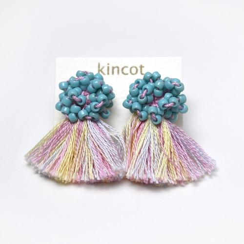 kincot ビーズフリンジイヤリング(スモーキーブルー×ピンク)