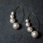 cotton pearl gorgeous earrings offwhite color