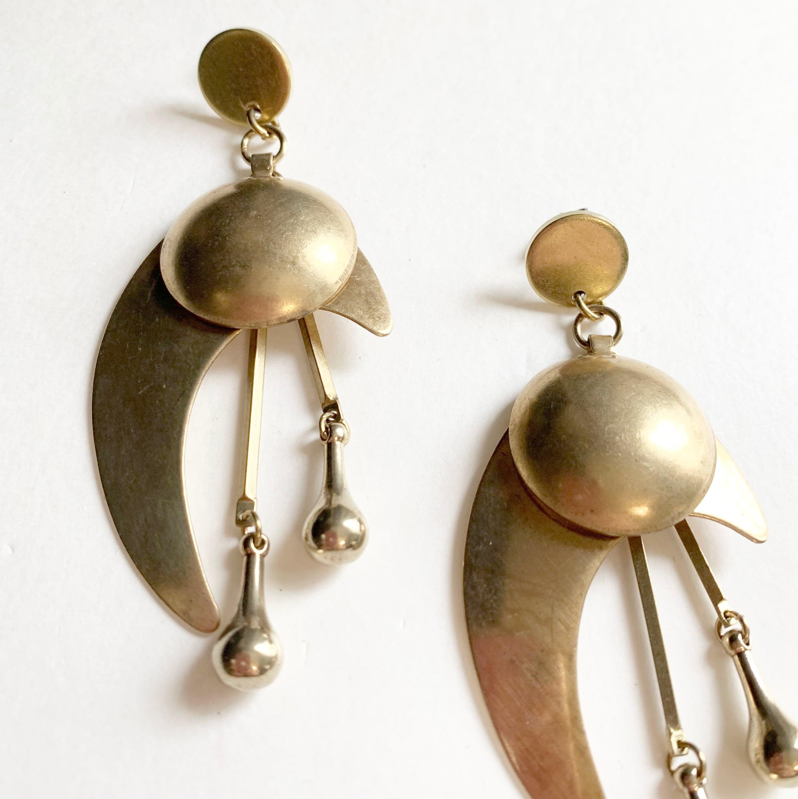 Moon river earring B-032