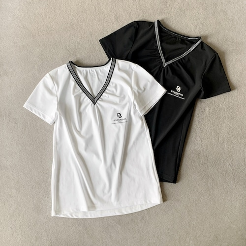 Double Standard Clothing×akko3839  ストレッチVネックロゴTシャツ 2508201213