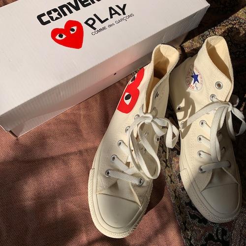 converse × PLAY スニーカー