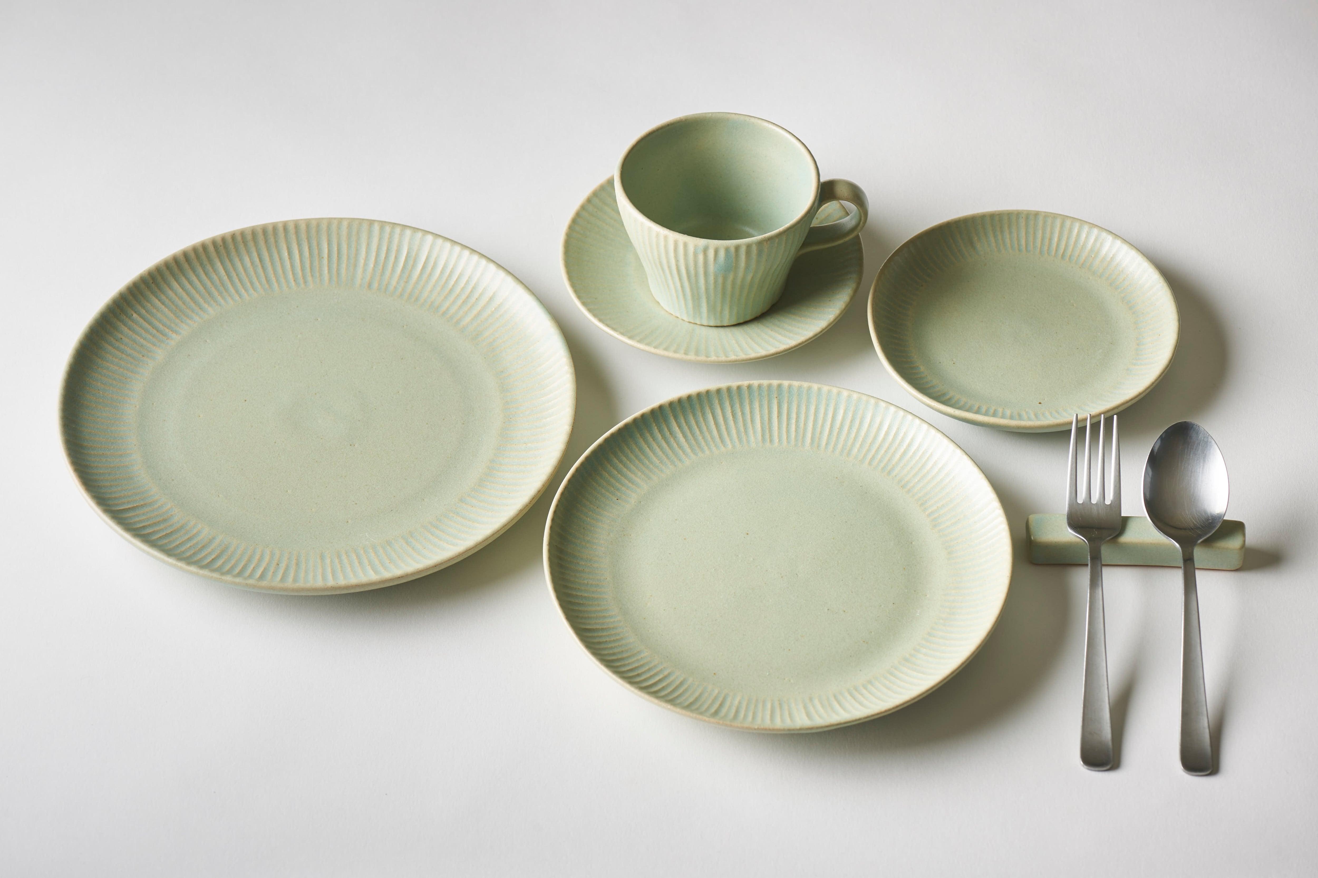 しのぎ5寸皿(グリーン)