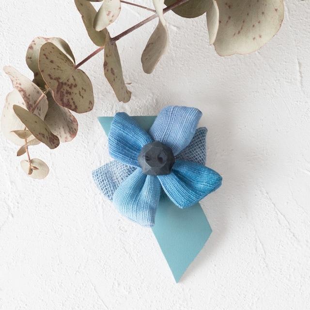 麻のブローチ 〈 Jewel 〉Blue