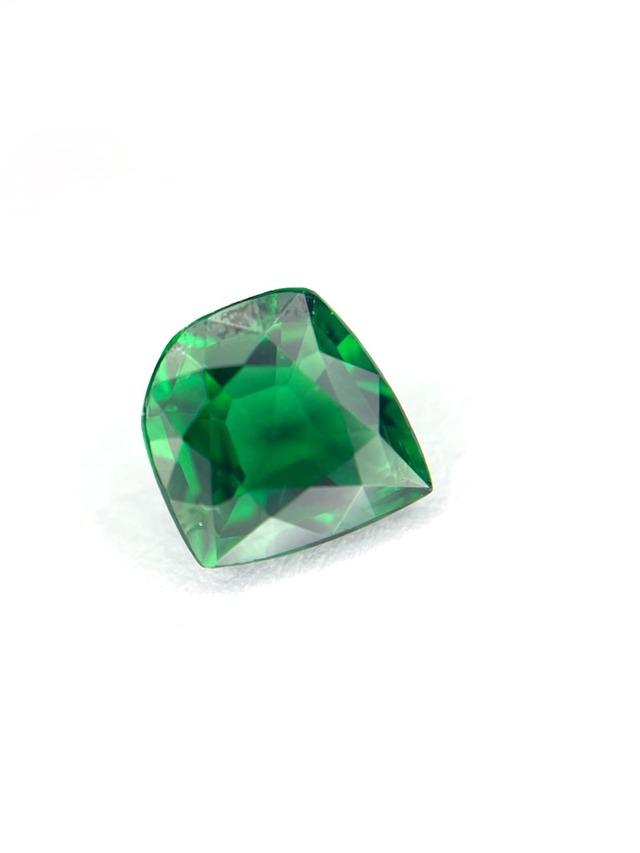 【10月誕生石SALE】深緑の輝き クロムトルマリン 0.85ct