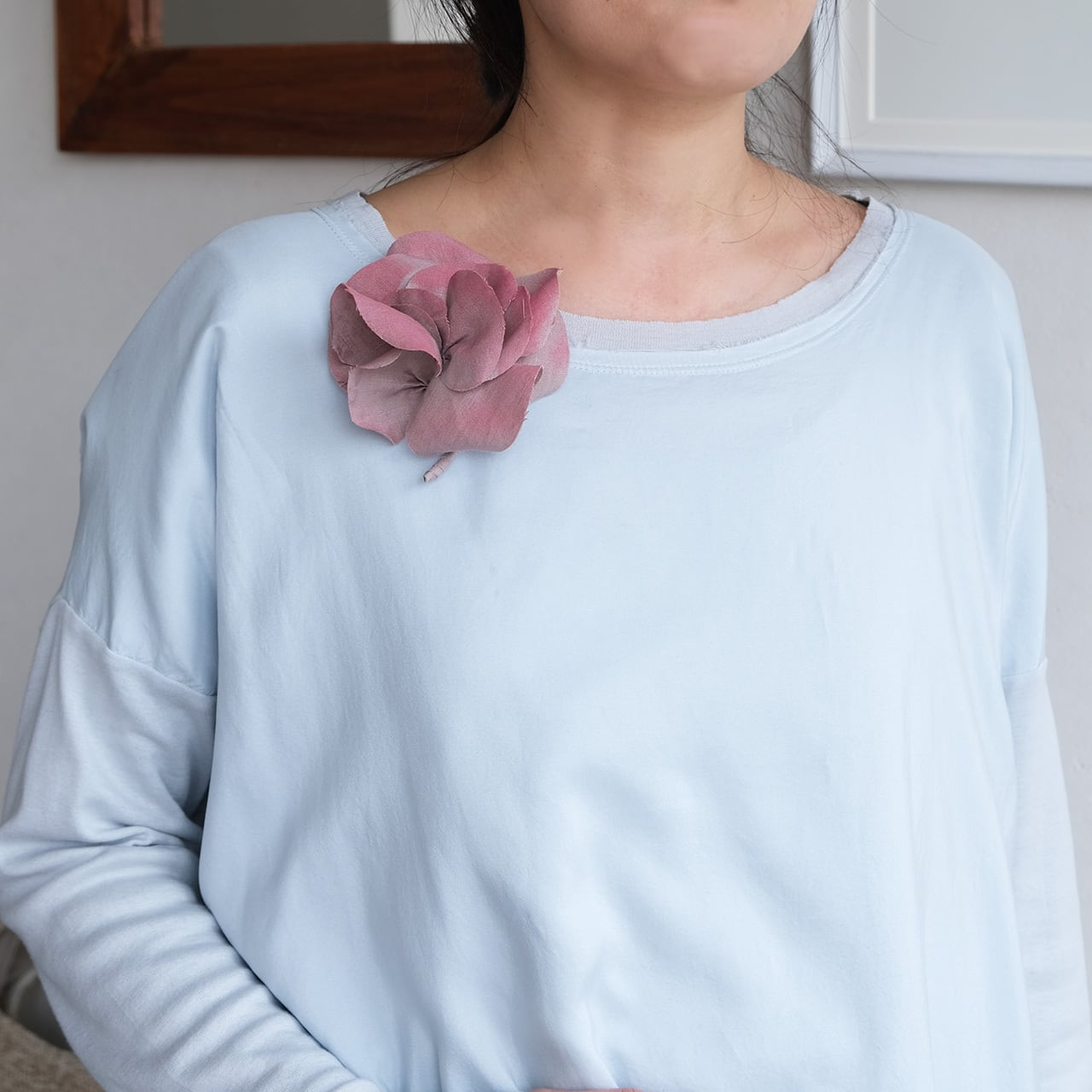 麻のコサージュ 〈 Gardenia 〉ザクロ