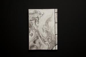丸森和紙の和綴帳(墨流し)