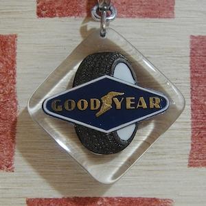 アメリカ タイヤメーカーGOOODYEAR[グッドイヤー]フランス広告ノベルティ ブルボンキーホルダー