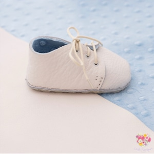 《First Baby Shoes》Model : MOLLIE ファーストシューズ手作りキット Baby blue