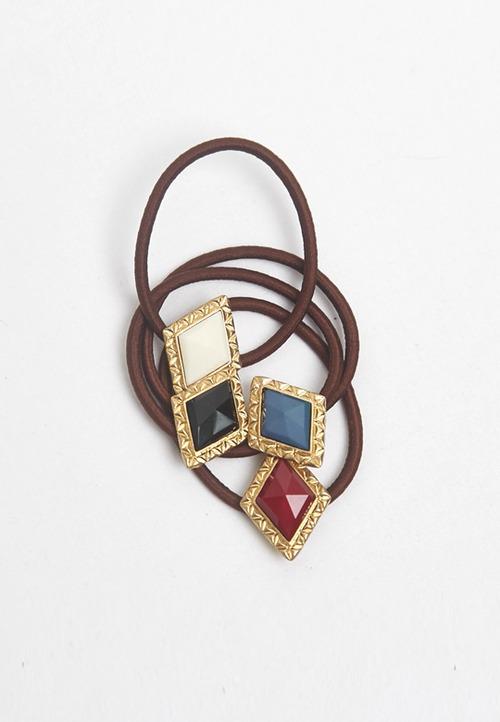 スタイリッシュなダイヤのヘアゴム(2色セット)