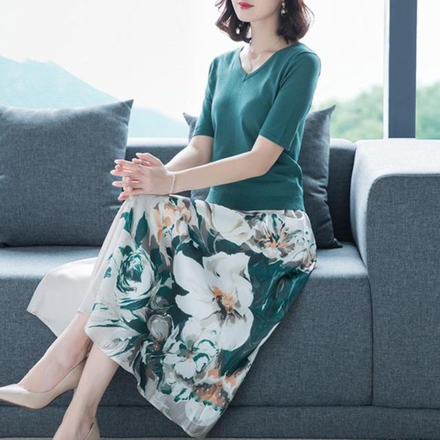 2点セット ニットTシャツ 花柄プリントスカート