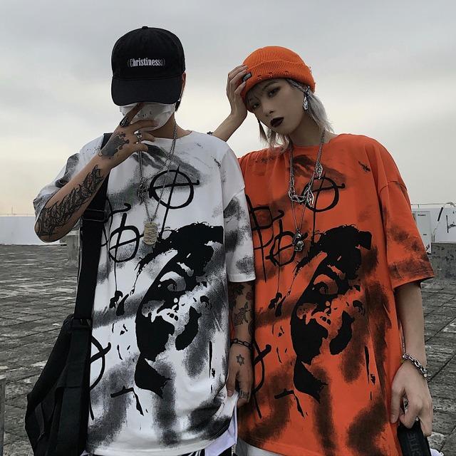 ユニセックス Tシャツ 半袖 メンズ レディース ラウンドネック 落書き風 グラフィティプリント オーバーサイズ 大きいサイズ ルーズ ストリート TBN-617074093201