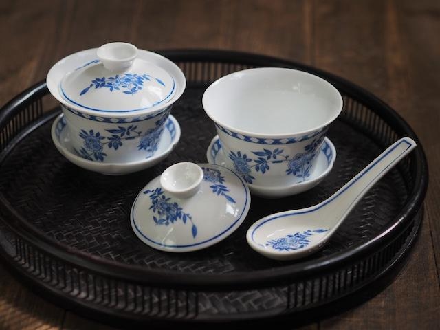 『ブルーの蓋碗/Oriental flower』【ペニンシュラ食器/ブルークレスト】