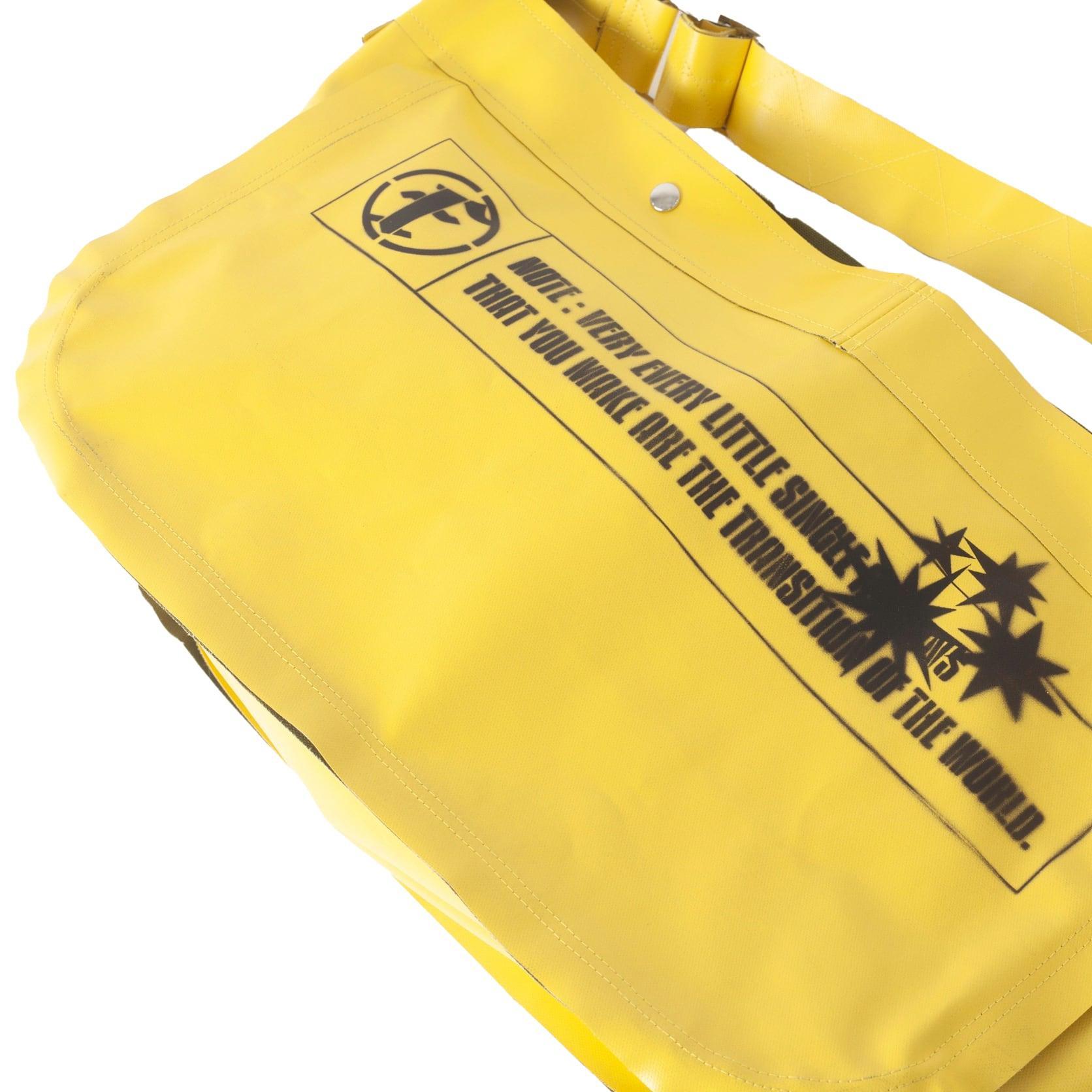 PVC CANVAS SHOULDER BAG / YELLOW GREEN - 画像4