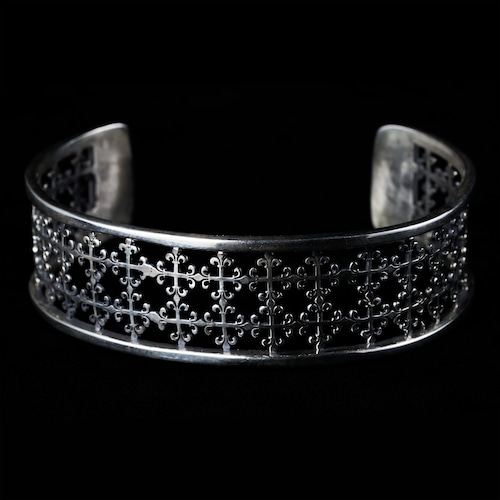 Open works lily motif bangle