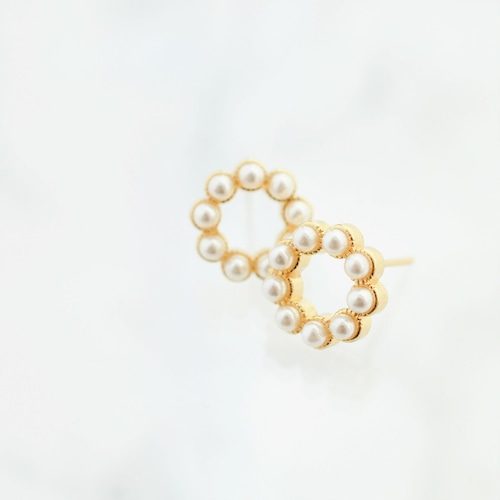 sv925 pearl circle stad pierces/nohole n380