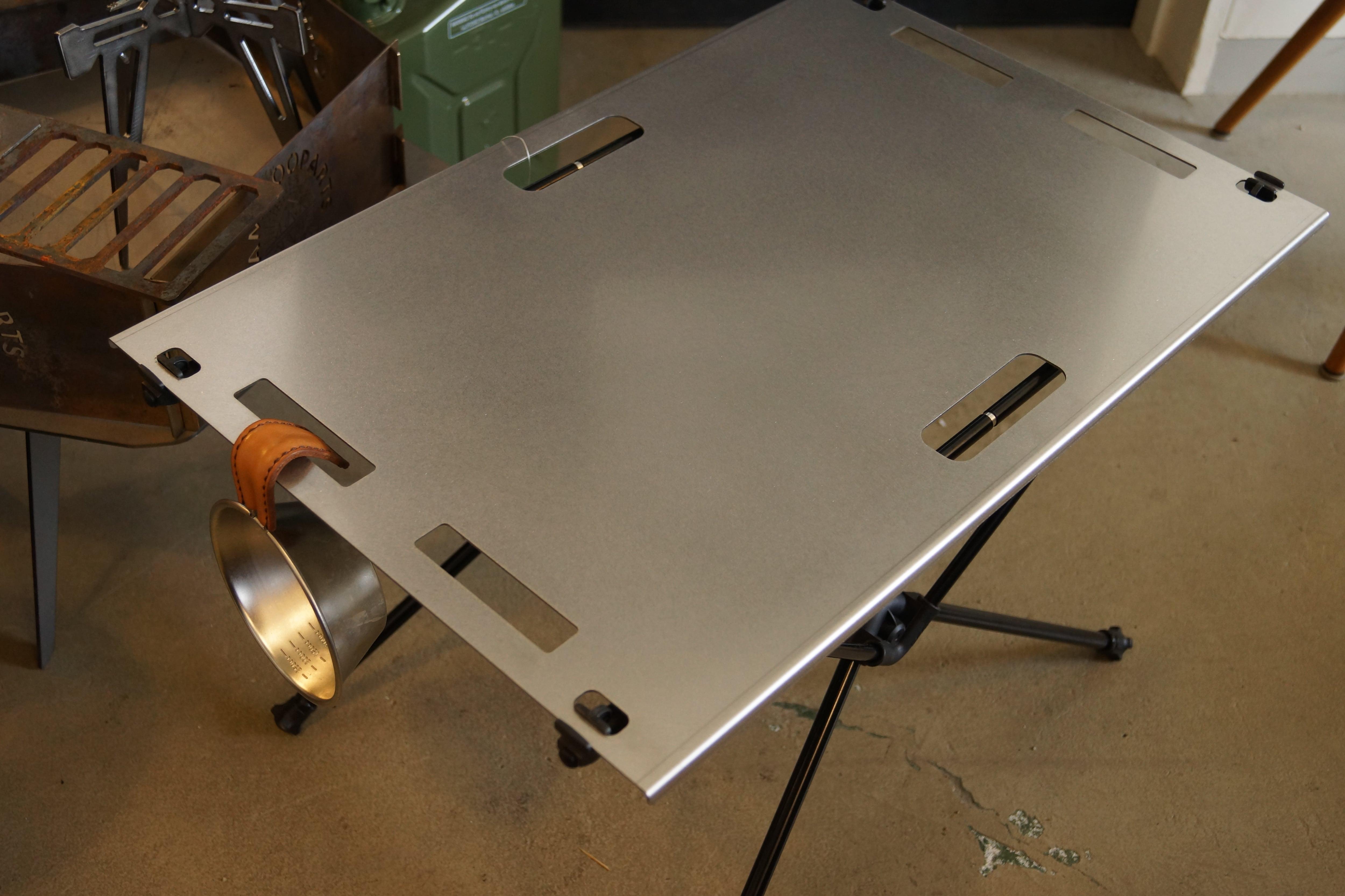 Helinox Home(ヘリノックス)テーブルM.ワン用ステンレス天板。
