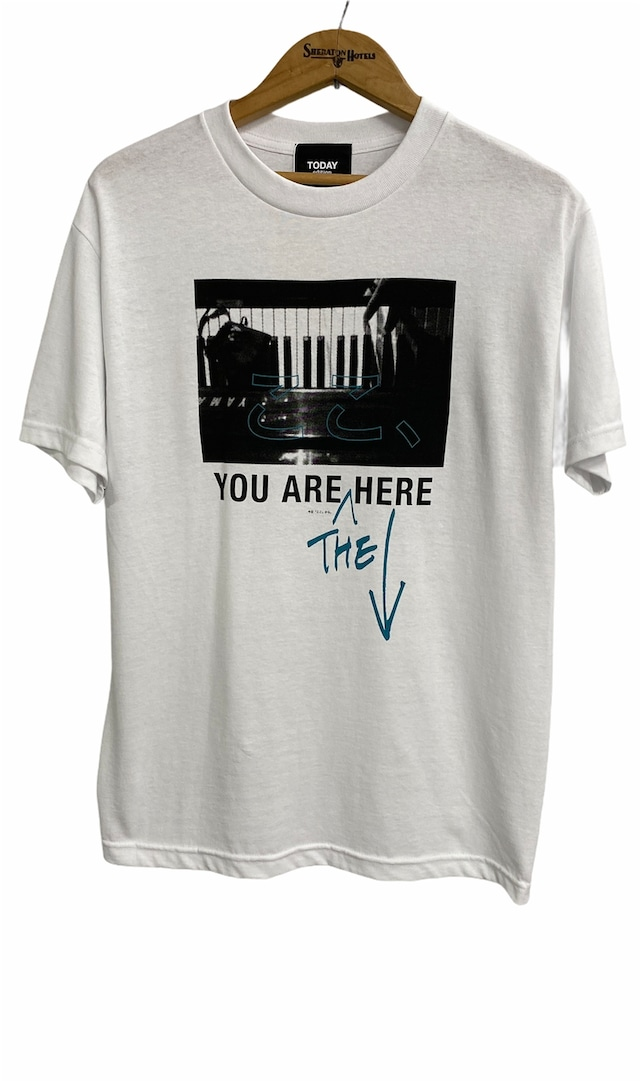 TODAY edition / ここ、PIANO SS Tee(WHITE)