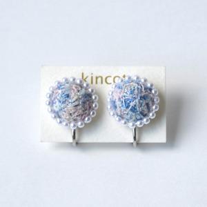 kincot 色糸 小さなまるイヤリング(パール×ブルー)