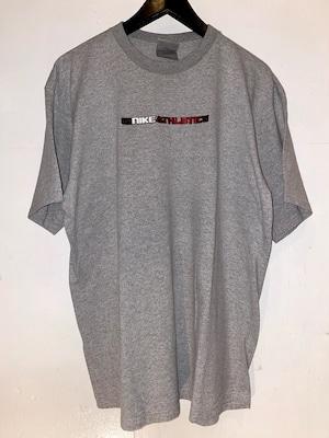 NIKE Tシャツ