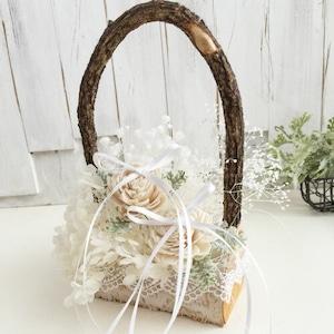 白樺のリングピロー《天然木とプリザーブドフラワー使用》完成品