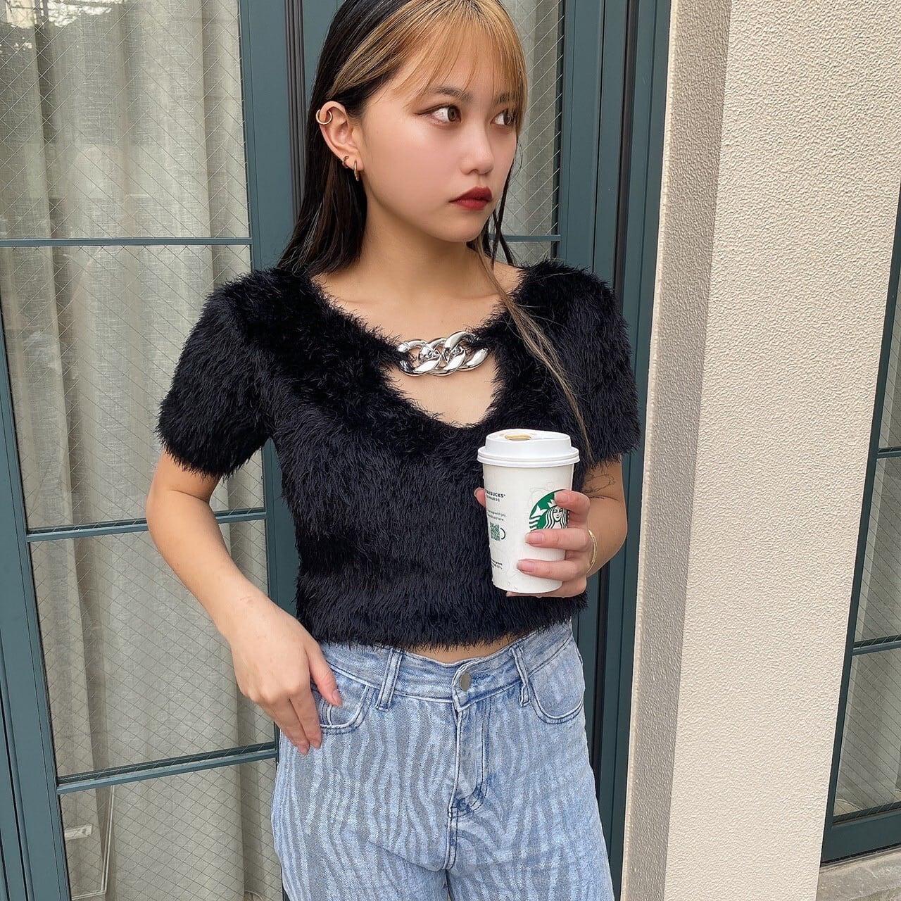 【Belle】LAST4 Vneck chain tops / black