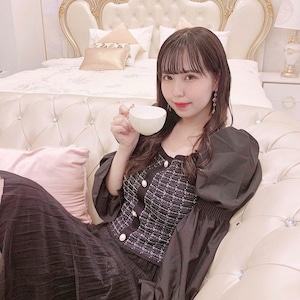 【yurina 様コーデ⸜❤︎⸝】スクエアネックブラウス×シースルースカート