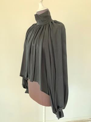 Bouffant sleeve tops/ Cupro black