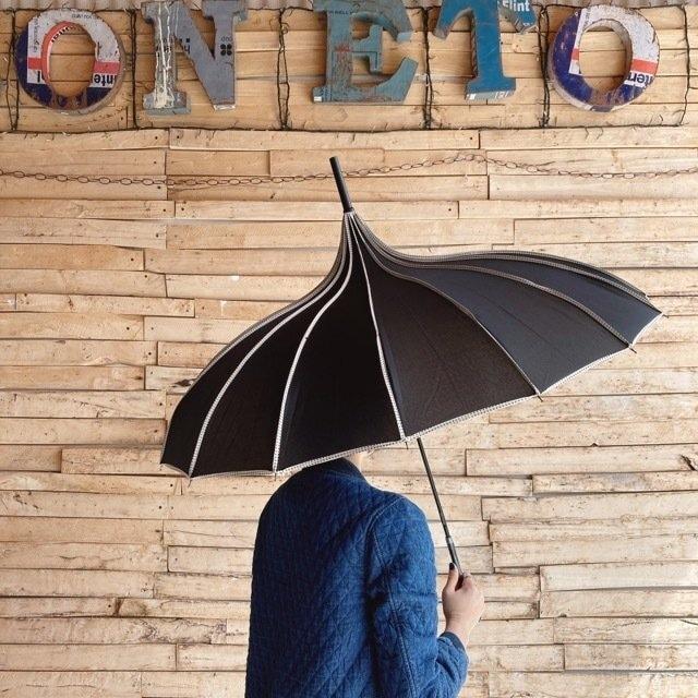サーカステントパゴダ雨傘 ブラック